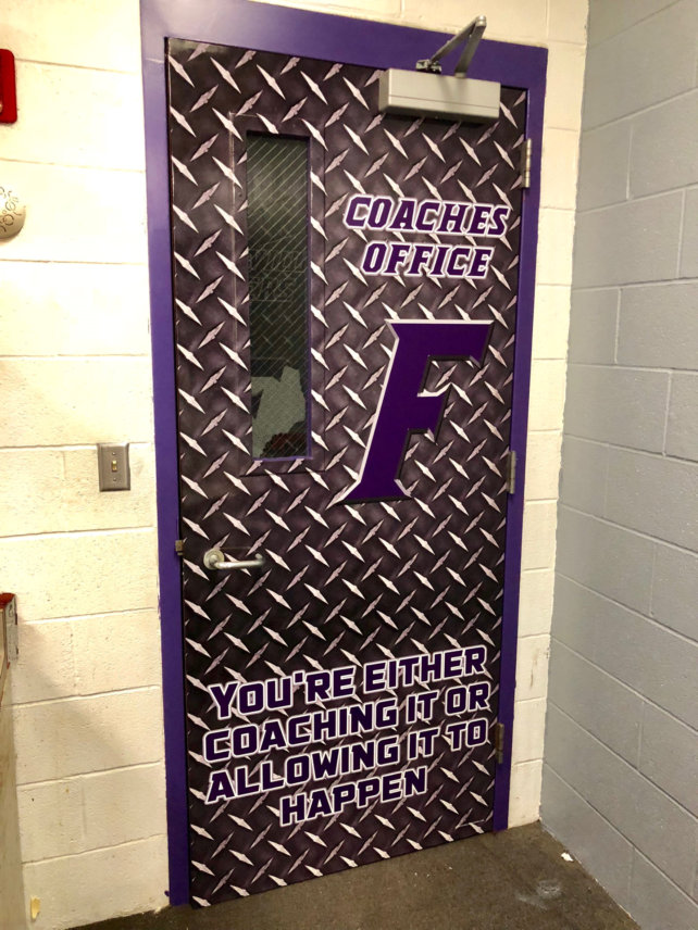 Exceptionnel Coaches Door Wrap